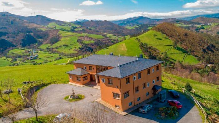 Hotel rural Yeguada Albeitar, en Villayón, Asturias