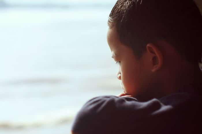 Niños y adolescentes tratar conflictos