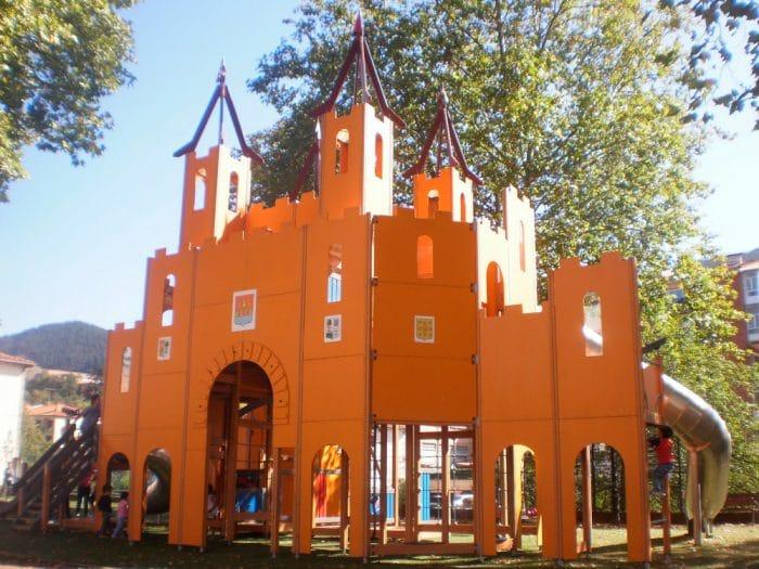 Parque temático de Santa Clara, en Balmaseda, Vizcaya