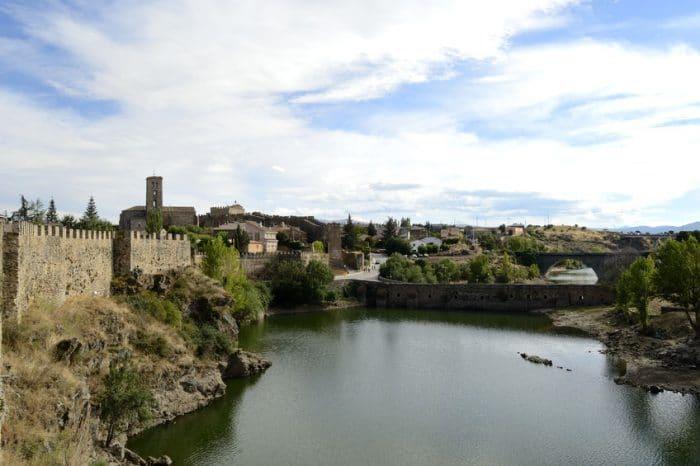 Pueblo medieval Buitrago del Lozoya, en Madrid