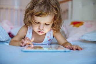 Uso de tablets y moviles en niños