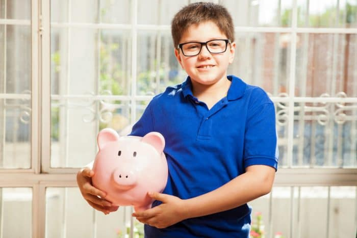 Adolescente administrar dinero