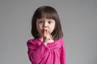 Juego del silencio de Montessori