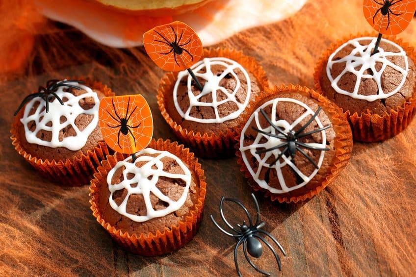 Pasteles de telarañas - Receta de Halloween fácil y rápida para niños