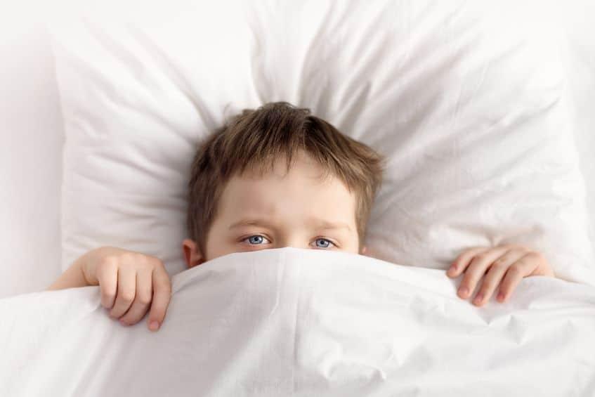 niños dormir miedo
