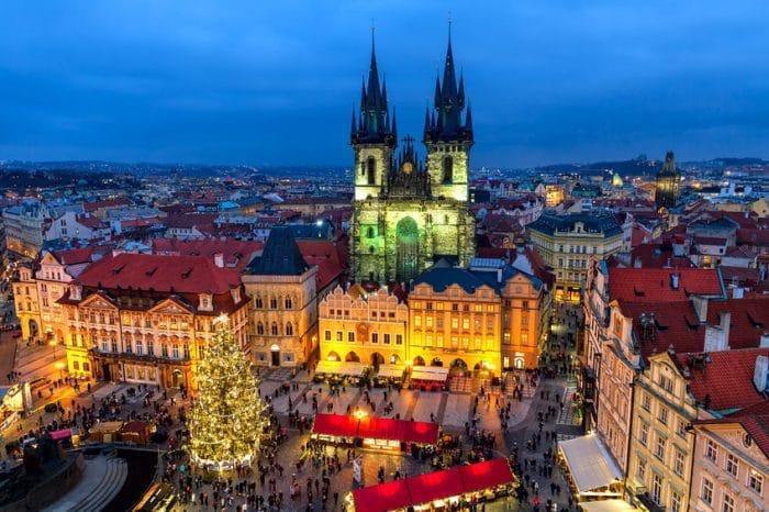 Las 7 ciudades m s bonitas para visitar en navidad etapa for Ver figuras de navidad