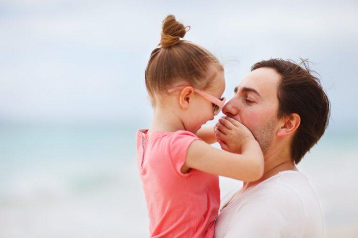 Padre debe enseñar hijas