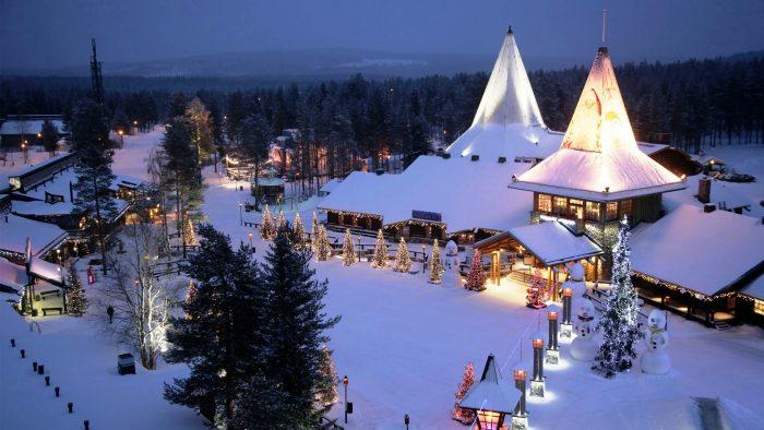 Viajar a Santa Claus Village, en Rovaniemi, Finlandia en Navidad