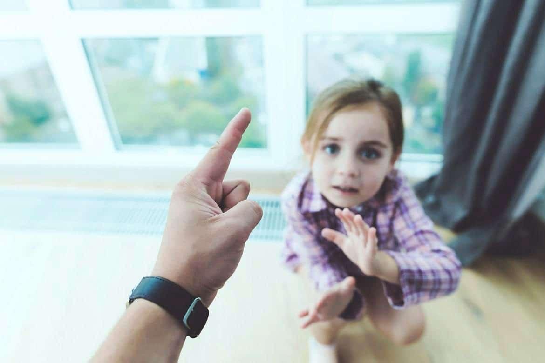 no pegar a los niños