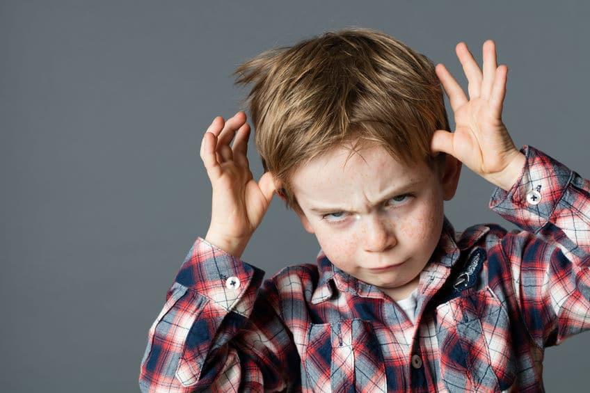 Cuando hijo se comporta con descaro