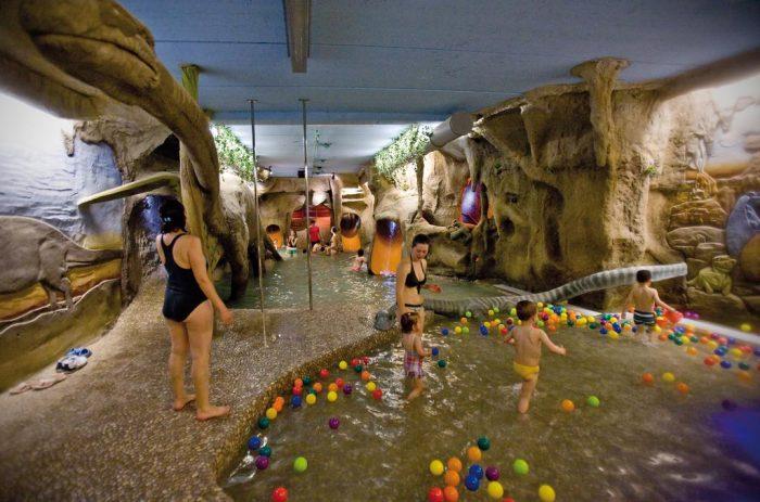 Hoteles tem ticos para ni os en espa a etapa infantil - Hotel piscina toboganes para ninos ...