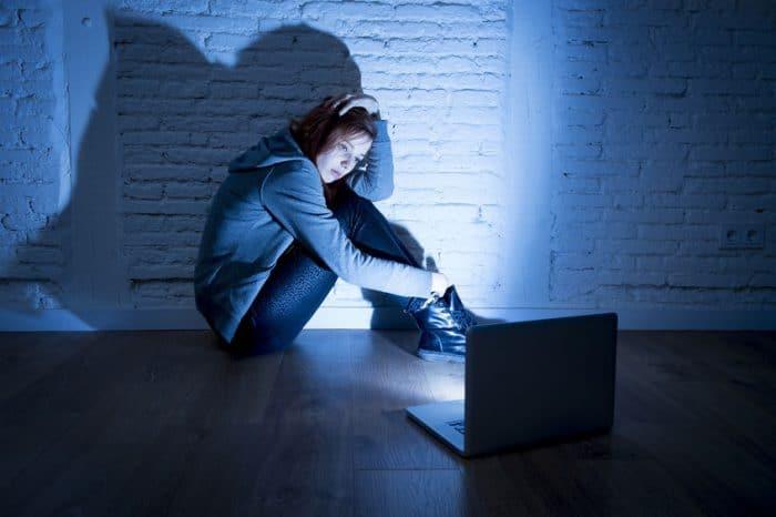 Detener ciberbullying