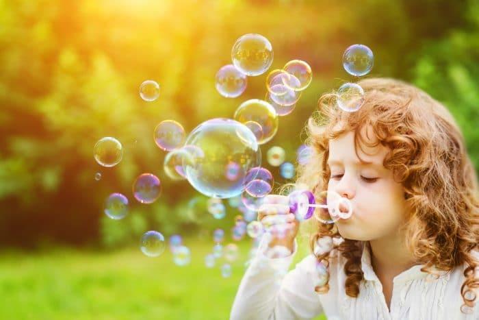 Enseñar niño gestionar emociones no reprimirlas