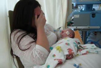 Bebé muere por ser solo amamantado los primeros días de su vida