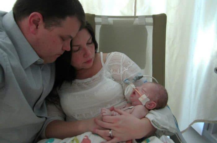 El peligro de solo amamantar a los bebés recién nacidos