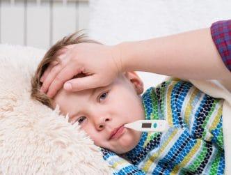 bajar fiebre niños