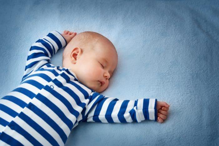 Bebé despierta muchas veces noche