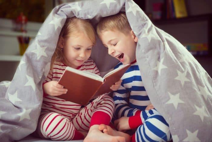 Beneficios de leer cuento a los niños antes de dormir
