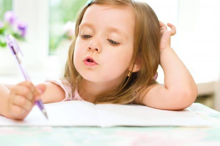 Enseñar al niño las reglas ortográficas básicas