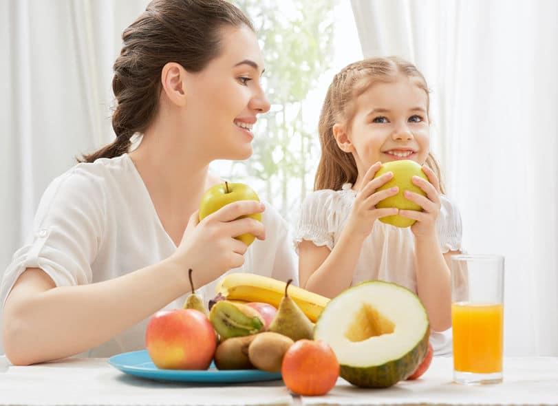 Tabla de las frutas de temporada para los más pequeños de casa