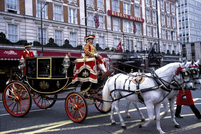 Hotel todo incluidoThe Rubens at the Palace Hotel, en Londres