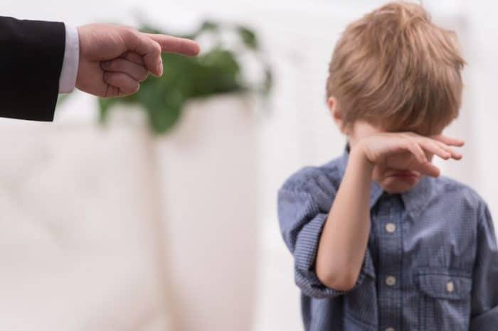 Prevenir maltrato infantil