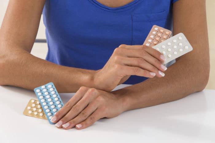 que sucede si estas embarazada y tomas pastillas anticonceptivas