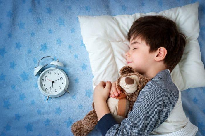 Conseguir que el niño duerma en su dormitorio