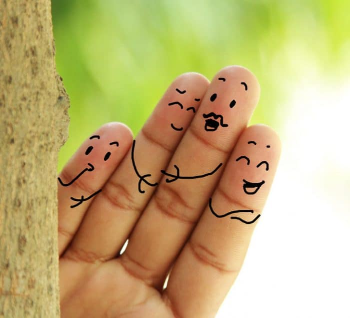 Contacto físico padres imprescindible felicidad