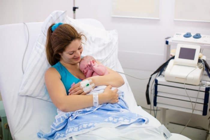 Primeras horas de vida de un recién nacido