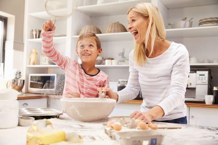 10 cosas que los ni os pueden hacer en la cocina etapa Cosas para cocinar