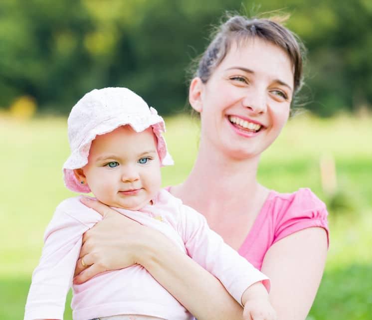 Crianza apego permisividad