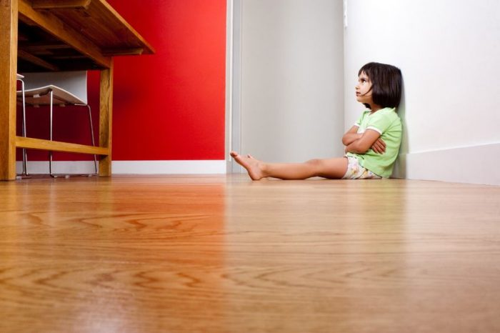 Muchos niños pasarán el verano solos en casa porque sus padres tienen empleos precarios