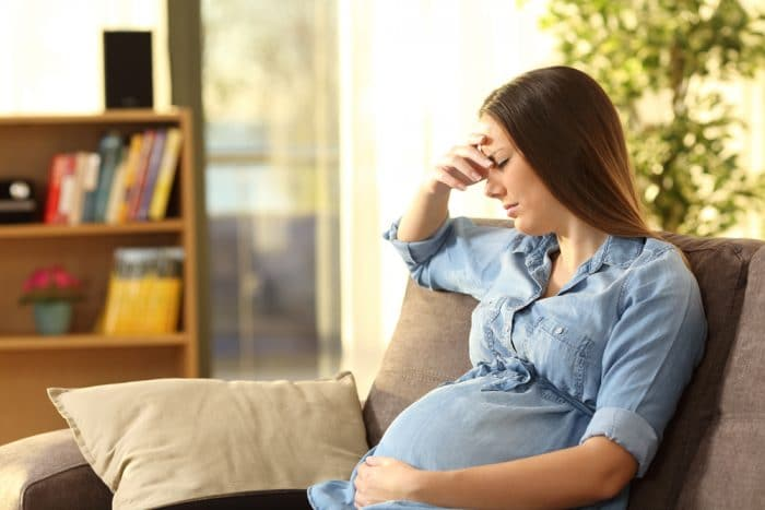 Rechazo pareja embarazo