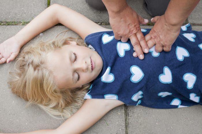 primeros auxilios accidente niño