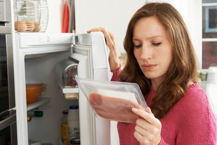 ¿Cuánto dura cada alimento en la nevera y en el congelador?