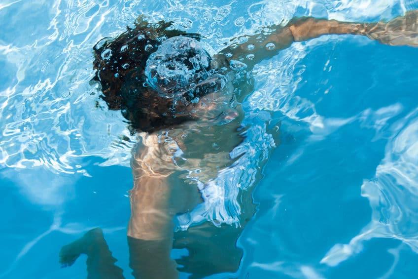 Los niños se ahogan sin avisar