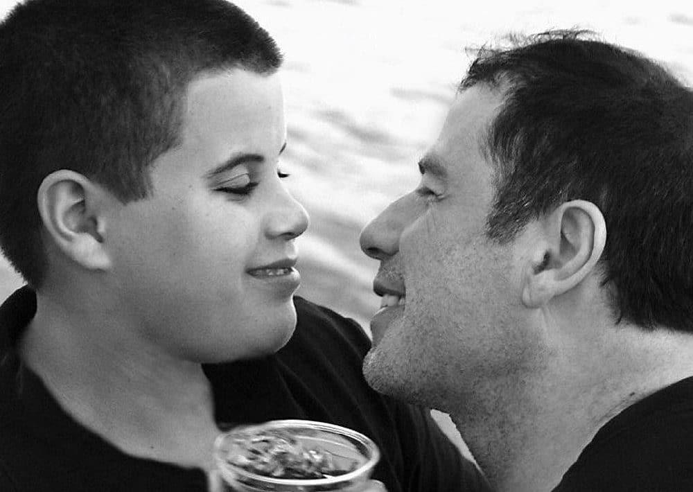 Mensaje John Travolta hijo autismo Jett