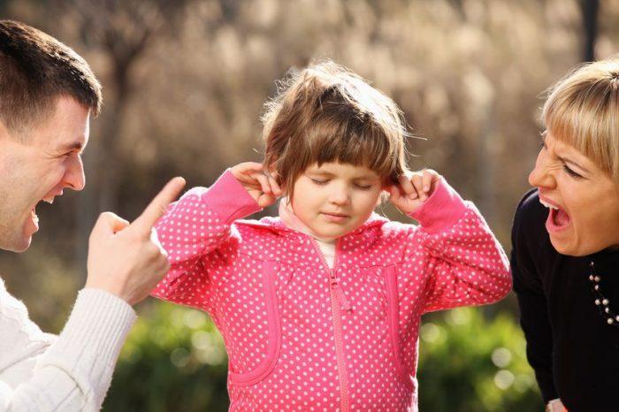 gritos afectan cerebro niños