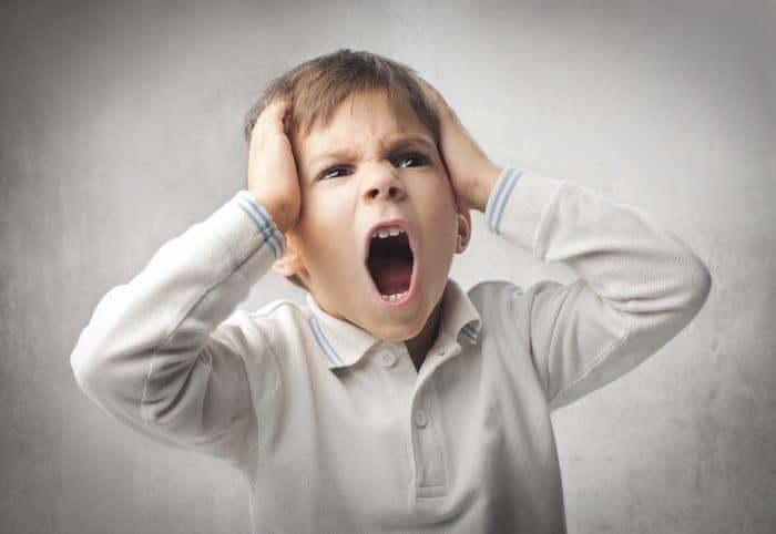 niño TDAH enfadado