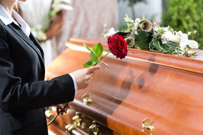 Afrontar muerte de un padre o ser querido