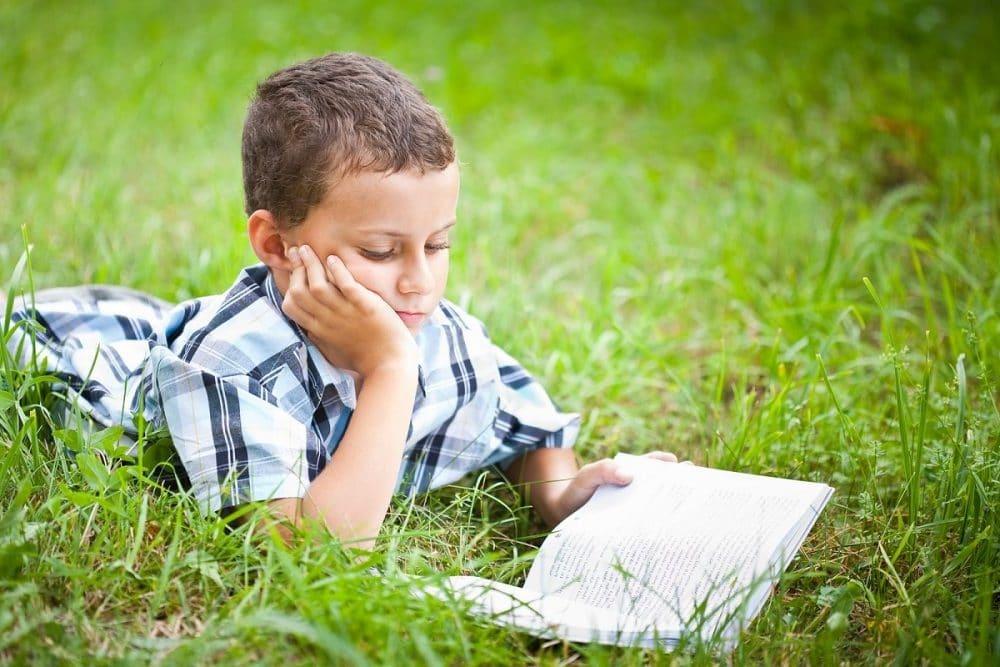 10 poesías cortas con rima para niños
