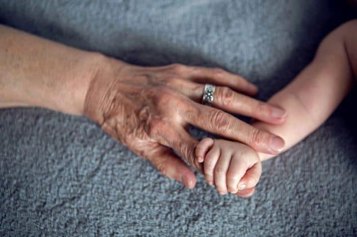 importancia abuela materna