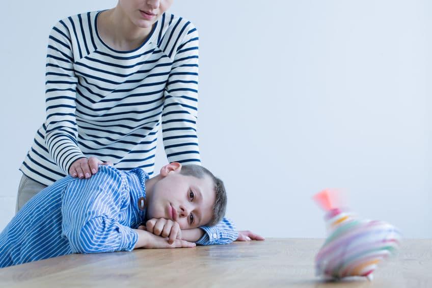 Niño con Asperger