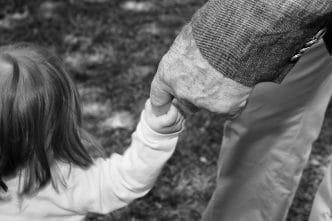 Abuelos nietos hijos aprovechados