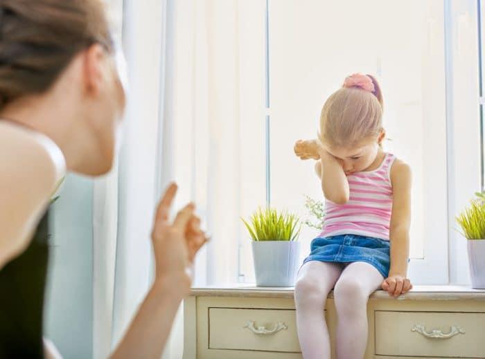 Corregir niño manera constructiva