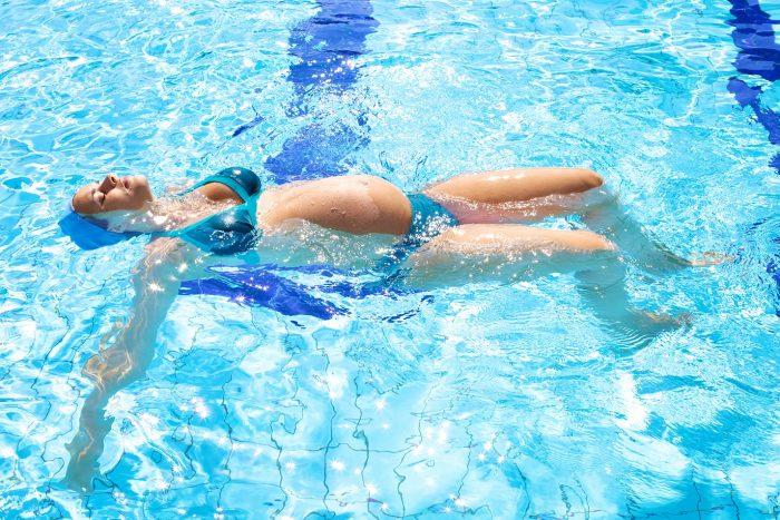 Deporte durante el embarazo 7 actividades f sicas for Piscina para embarazadas
