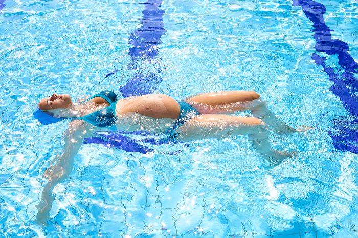 natación embarazo beneficios