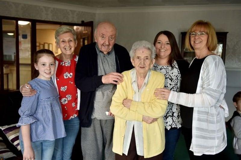 Ada y Tom familia