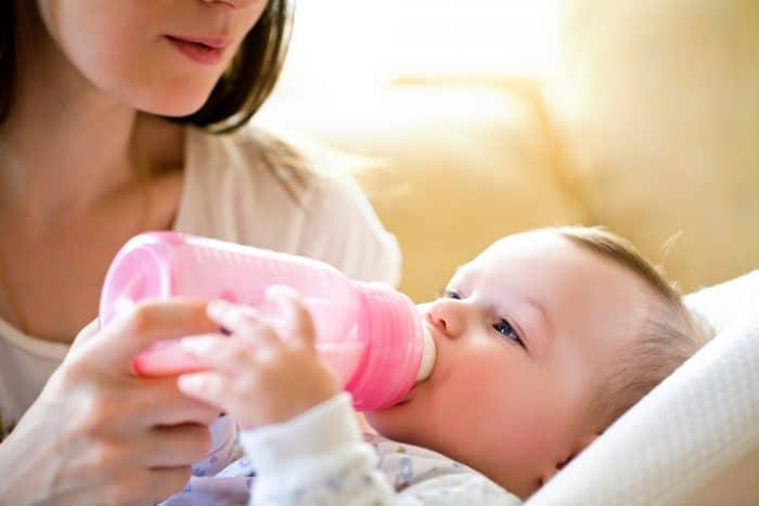 preparar biberon recien nacido